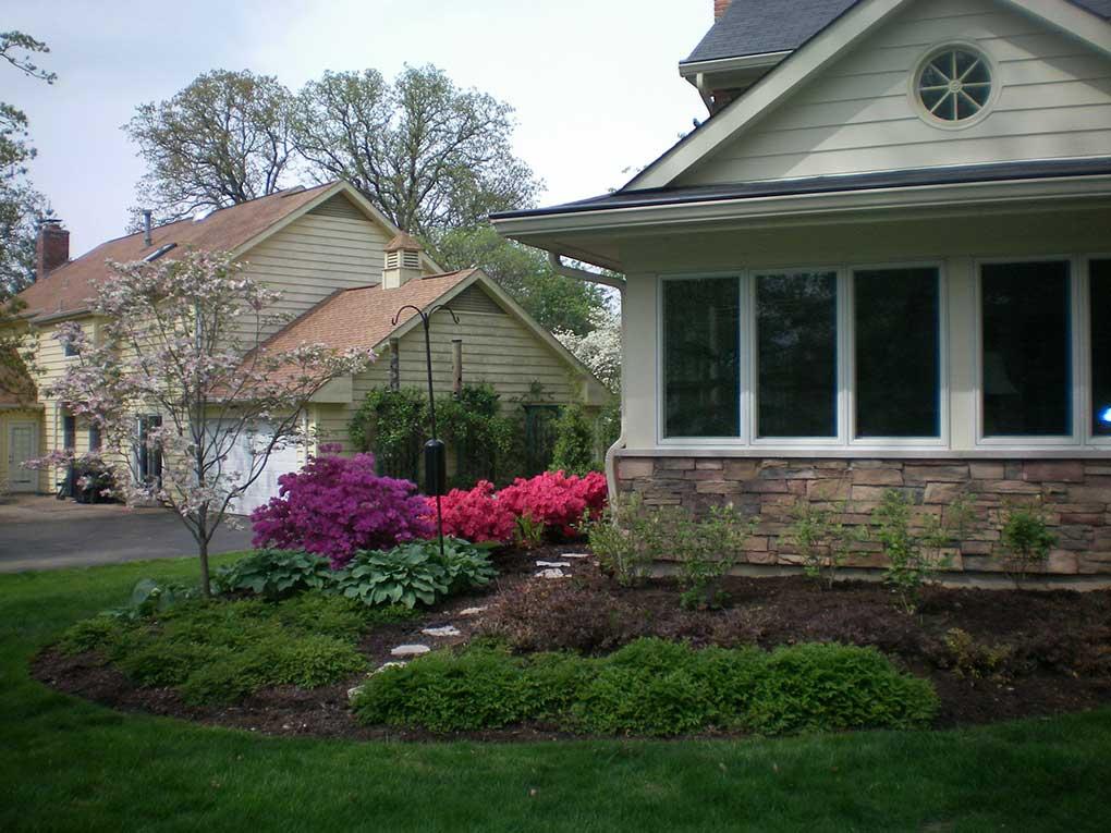 Webster Groves Sunroom Garden in Spring